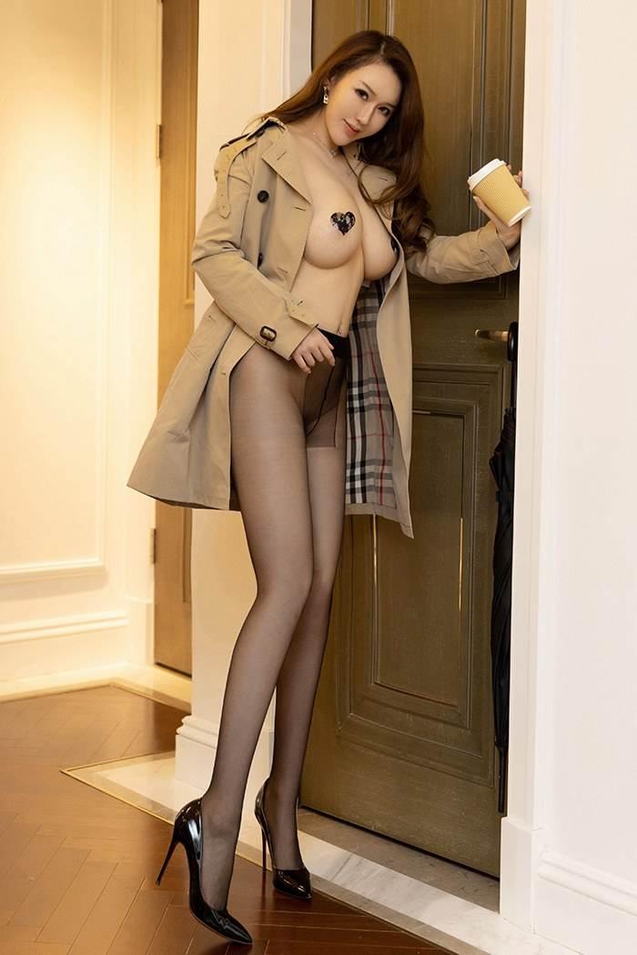 豪情女皇尤妮丝极品巨乳大尺度露出