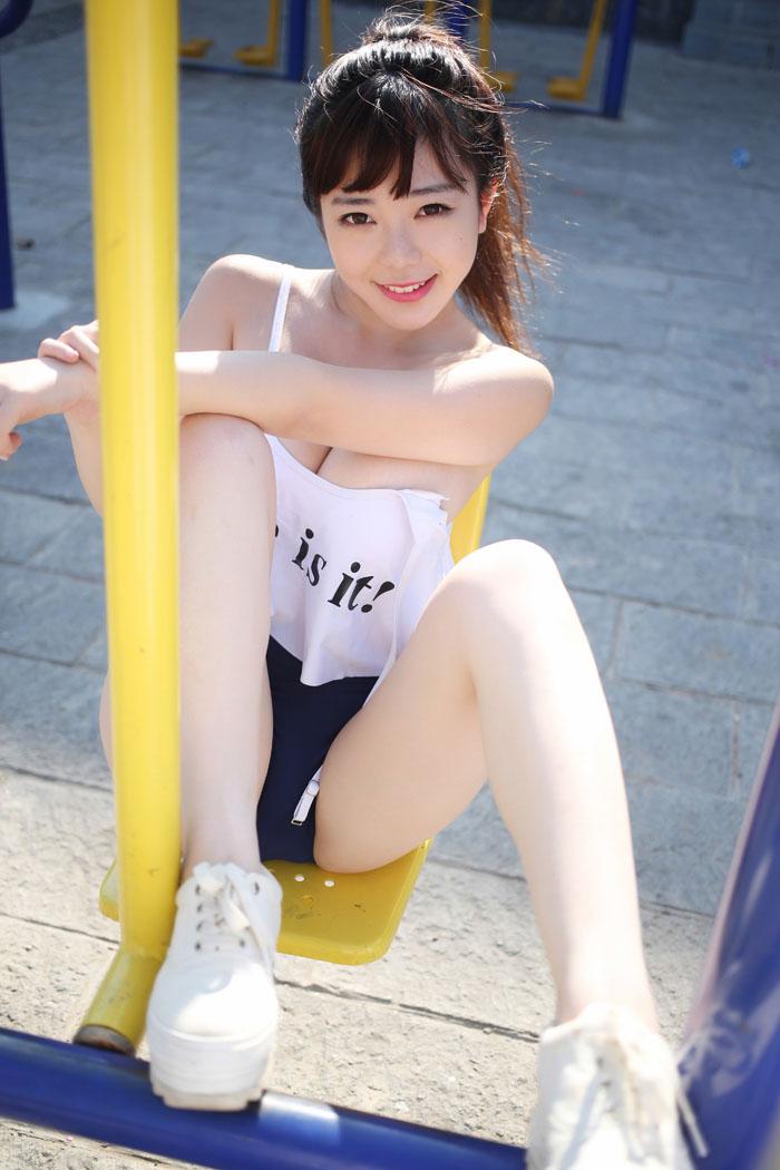 巨胸美女刘飞儿大理旅拍艺术大片
