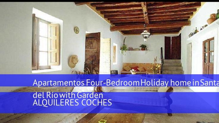 Apartamentos Four-Bedroom Holiday home in Santa Eulalia del Río with Garden