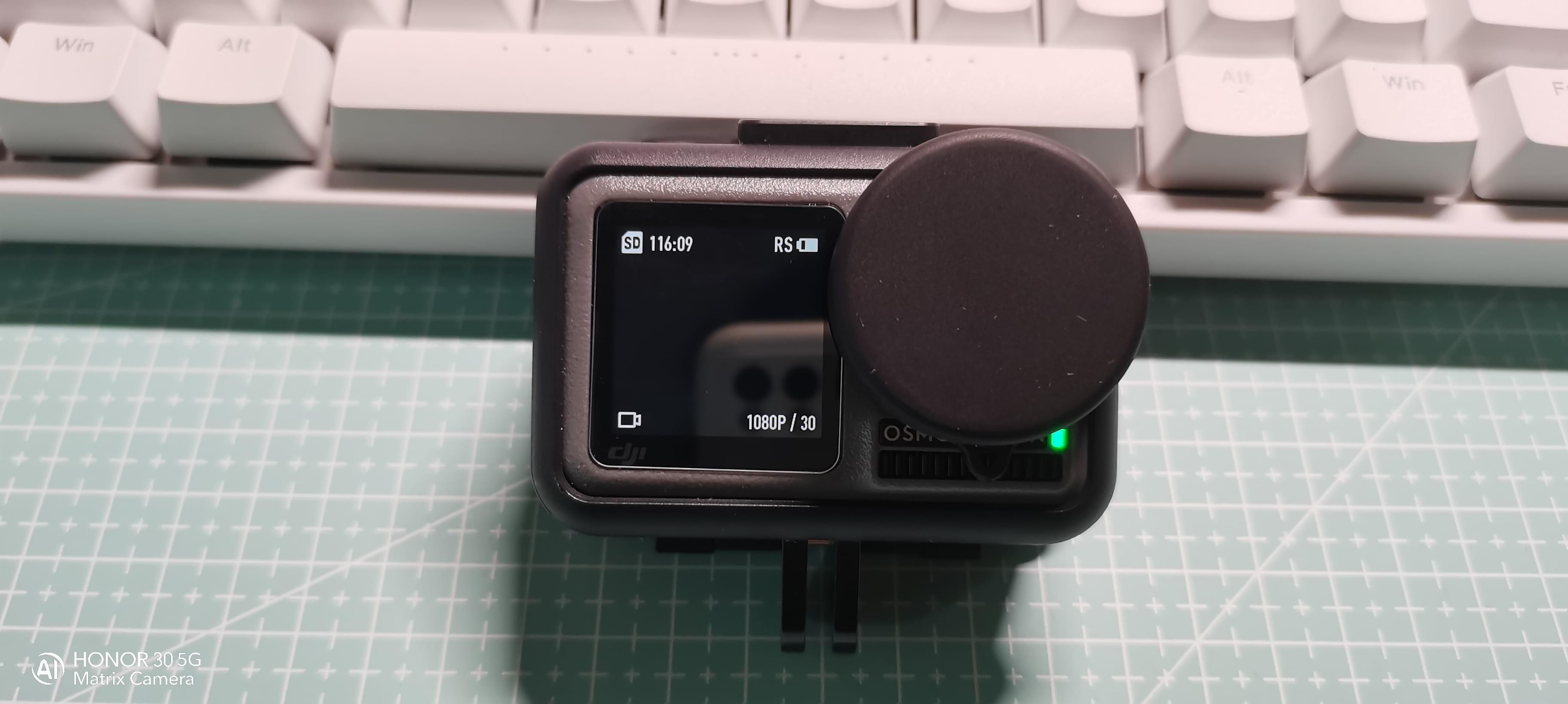 开箱大疆Osmo Action运动相机