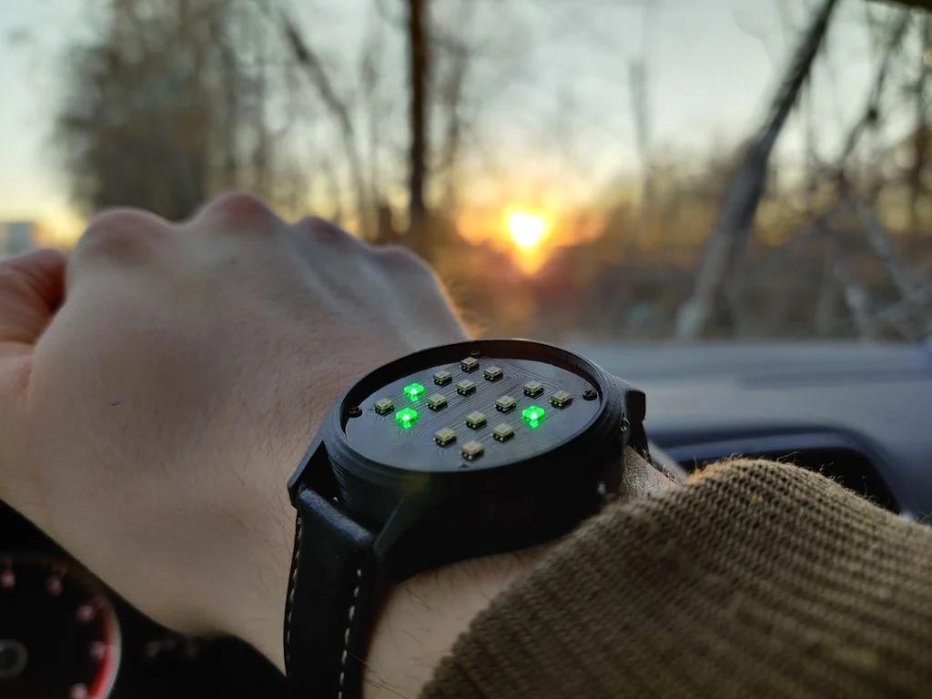 DIY一款既实用又时尚的二进制手表