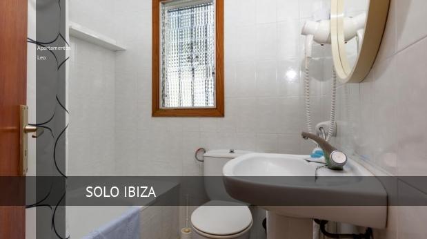 Apartamentos Leo booking