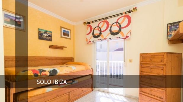 Hostal Seriola booking