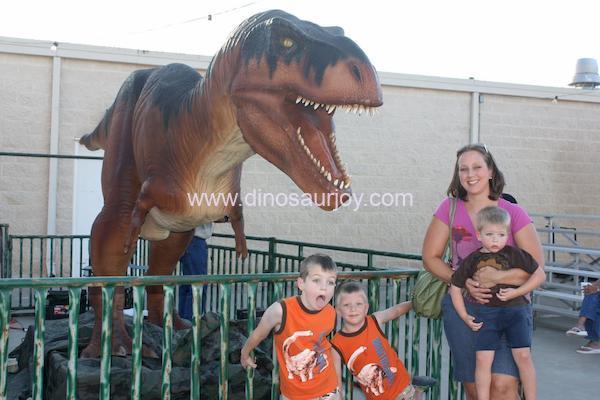 DWD134-Middle- Age-Tyrannosaurus- Rex
