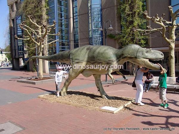 DWD1342-Middle-Age-Tyrannosaurus-Rex