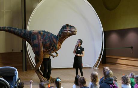 DWE3324-13 Tyrannosaurus Rex Dinosaur Costume For Museum