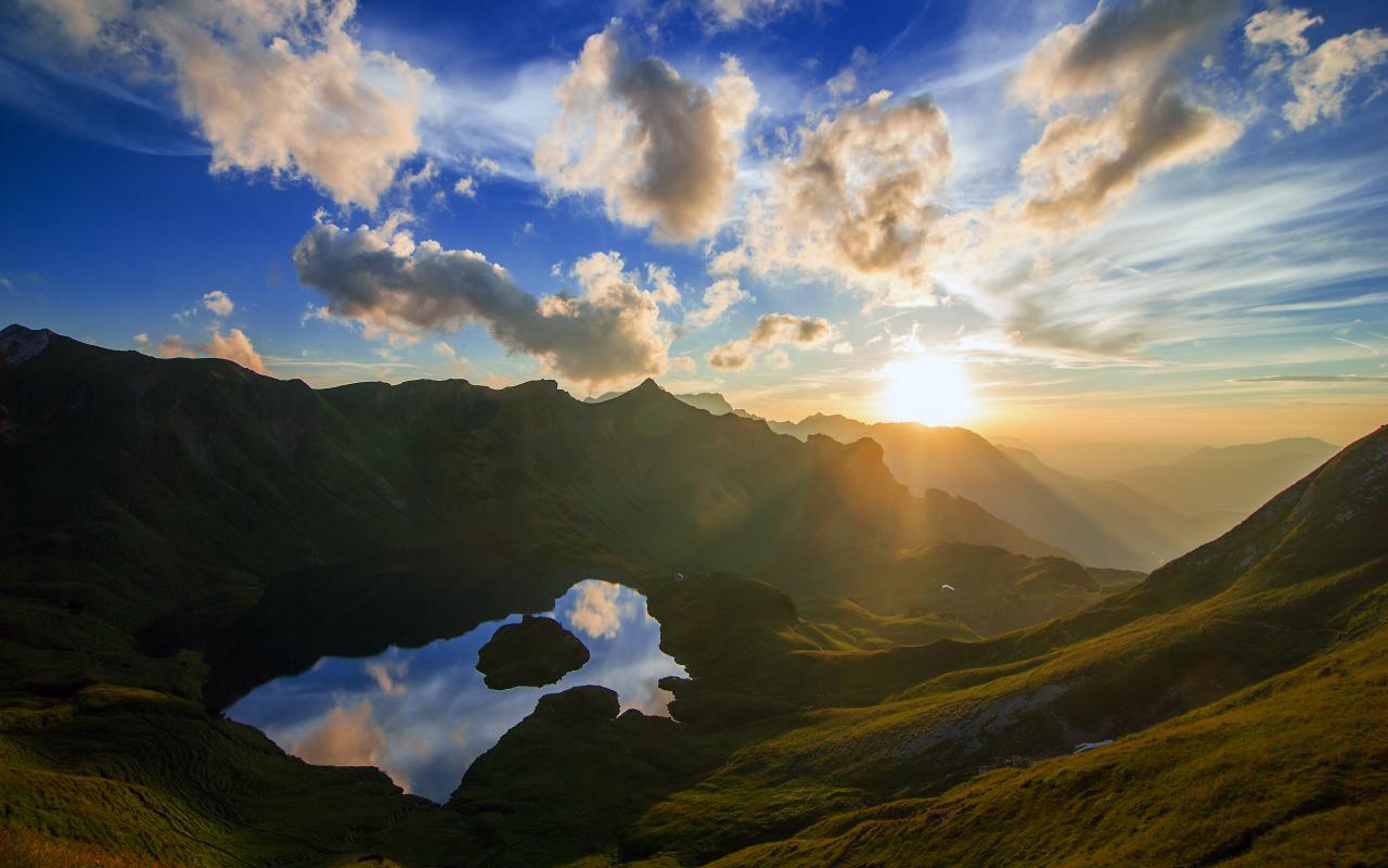 Amazing Mirror Sunset