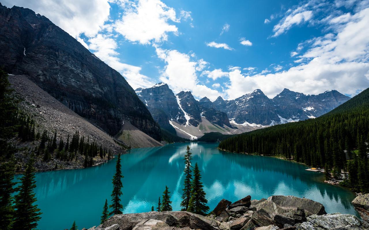 Emerald Moraine Lake
