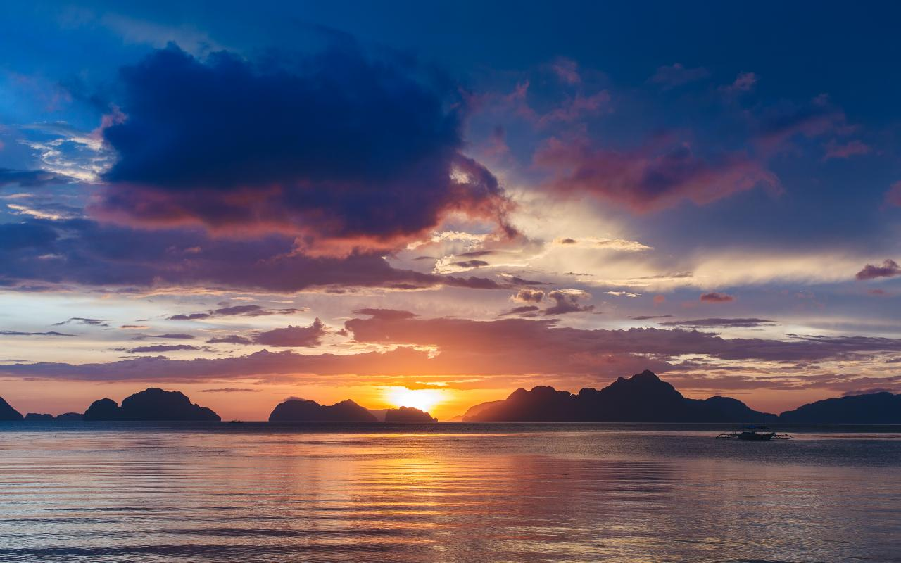Bacuit Bay Sunset