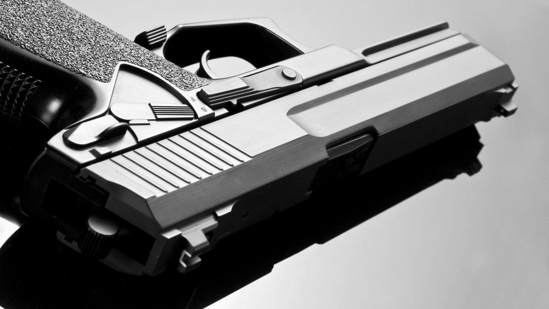 百度计划与吉利建立一家智能电动汽车公司。您如何看待这种合作?