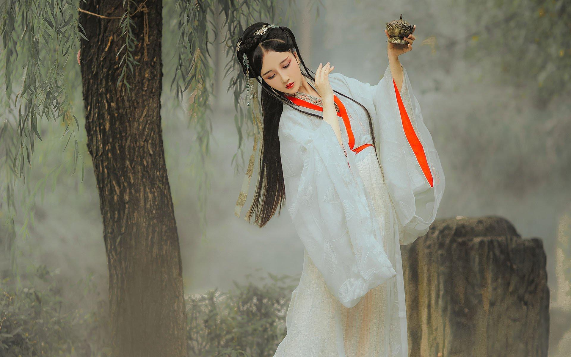 求炫舞舞团名字带绝恋两个字还有官职名称?