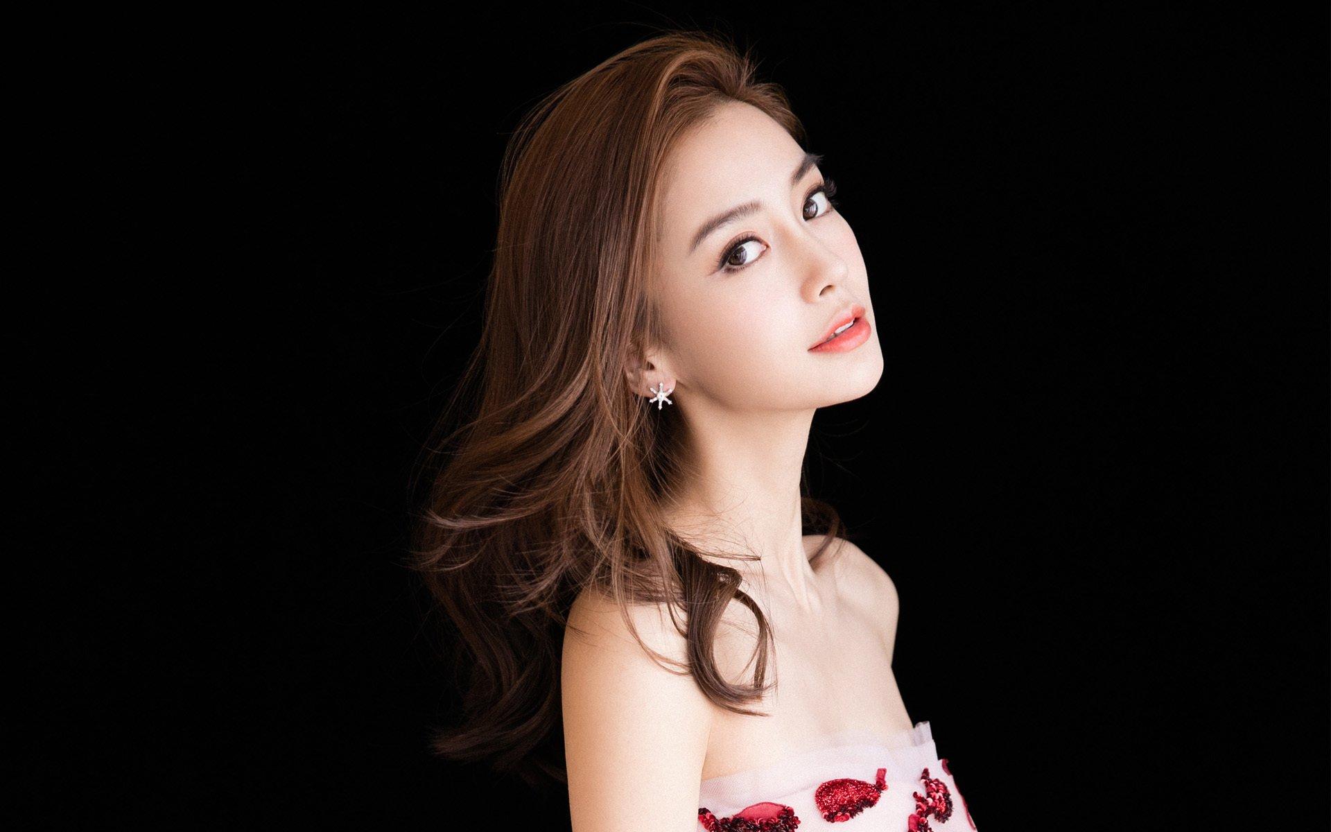 赵汉英的姓什么,整容前后的照片以及赵汉英的丈夫的信息暴露
