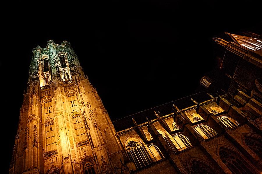 Visiter la Cathédrale Saint-Rombaut à Malines - Belgique