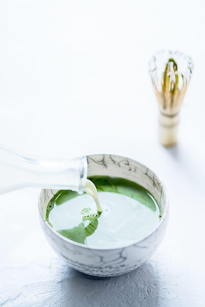 Recette de latte matcha végétal au lait de riz