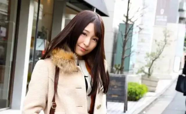 【业界八卦】加藤桃香被经纪公司封杀了!