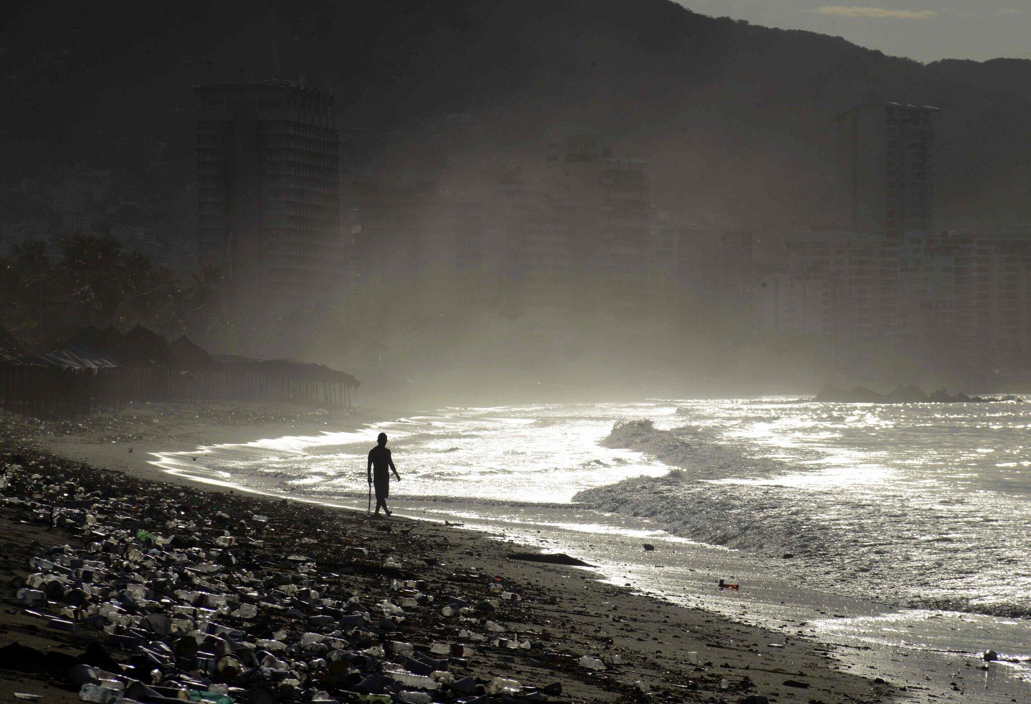 海边的塑料污染