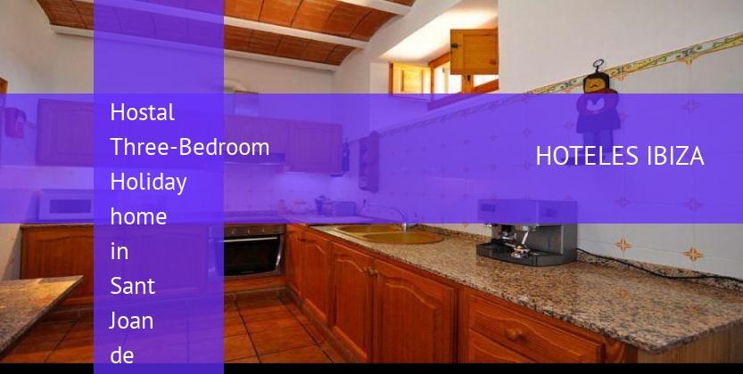 Hostal Three-Bedroom Holiday home in Sant Joan de Labritja / San Juan reverva