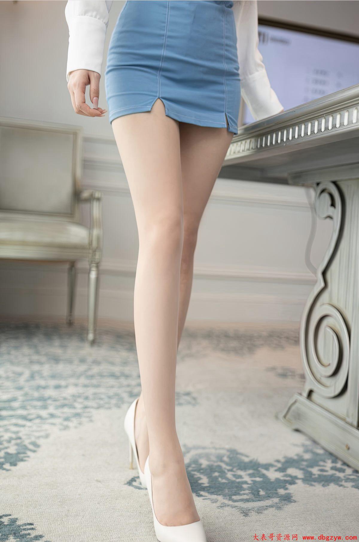 办公室秘书鱼子酱极品包臀裙风骚肉丝袜长腿丝袜美腿诱惑