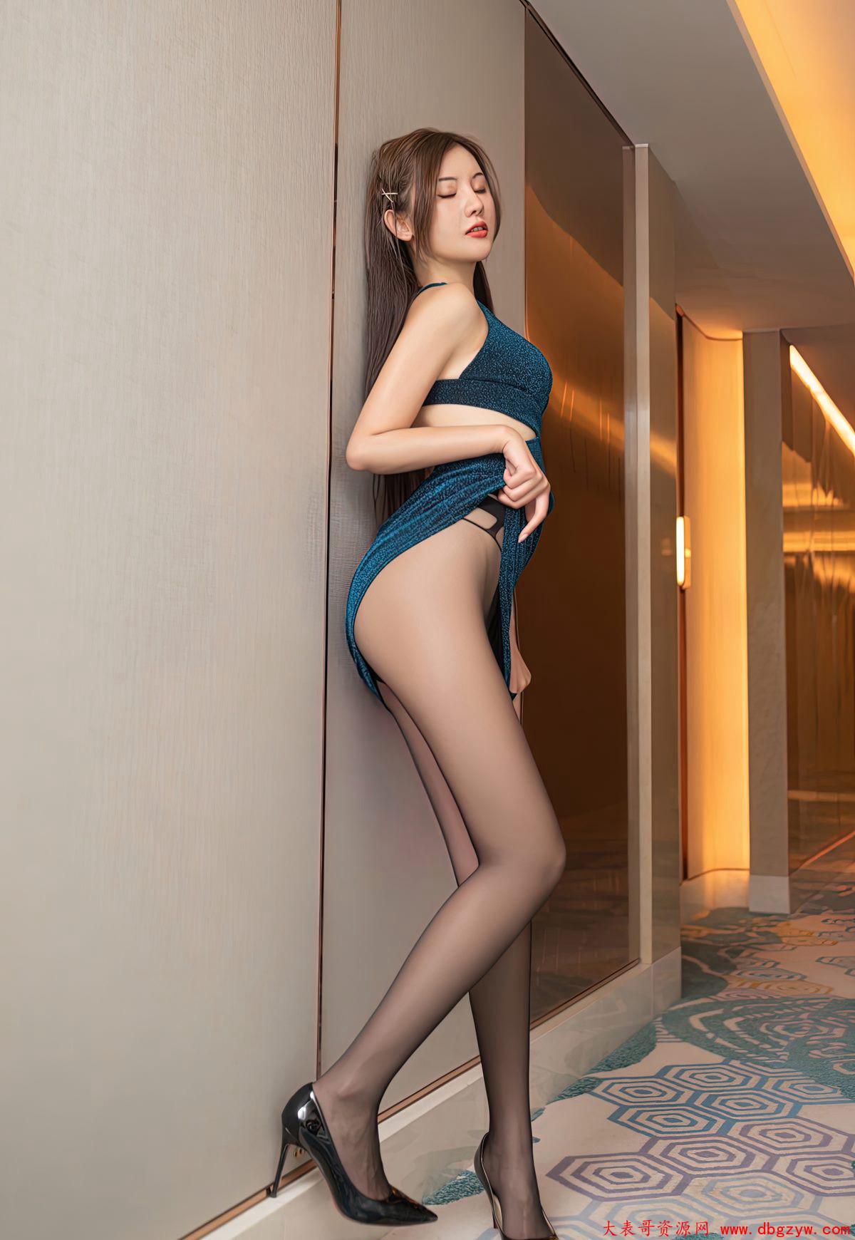 高颜值黑丝无内极品美腿玉足高清美臀美女