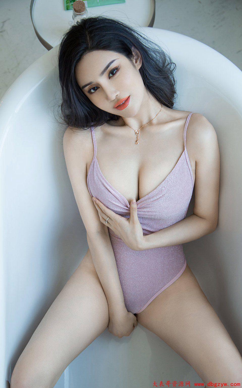 臀控后交极品白嫩风骚美少妇浴缸丁字裤诱惑人体