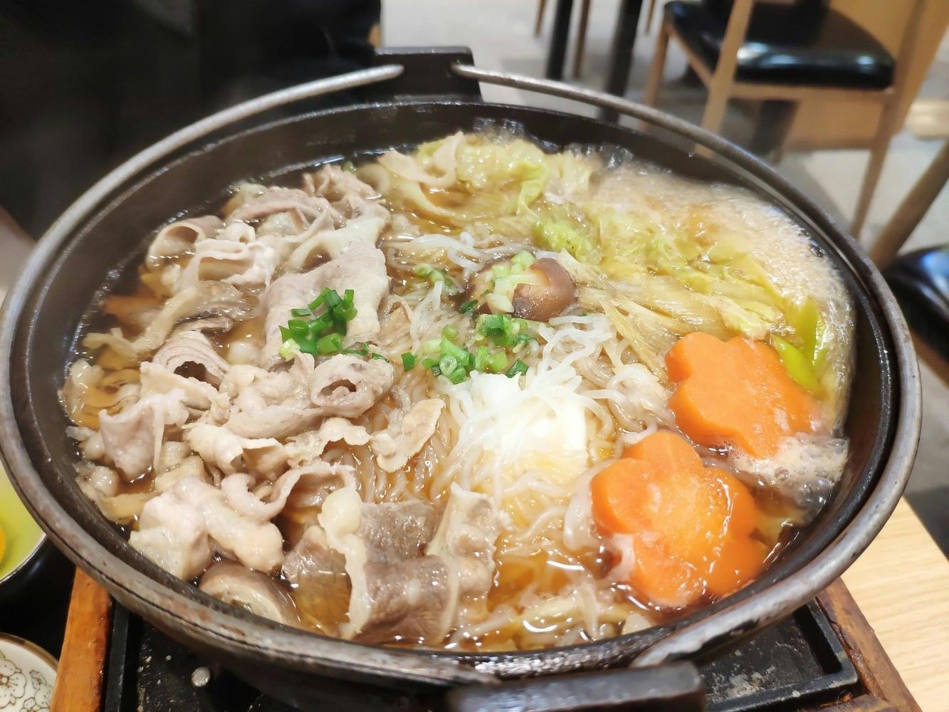 肥牛烤鳗寿喜锅