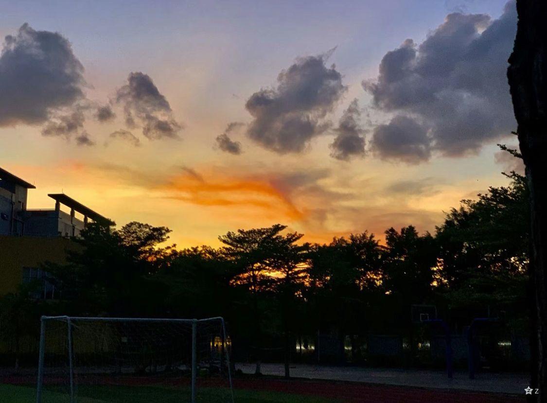 星期五美丽的日落图片分享
