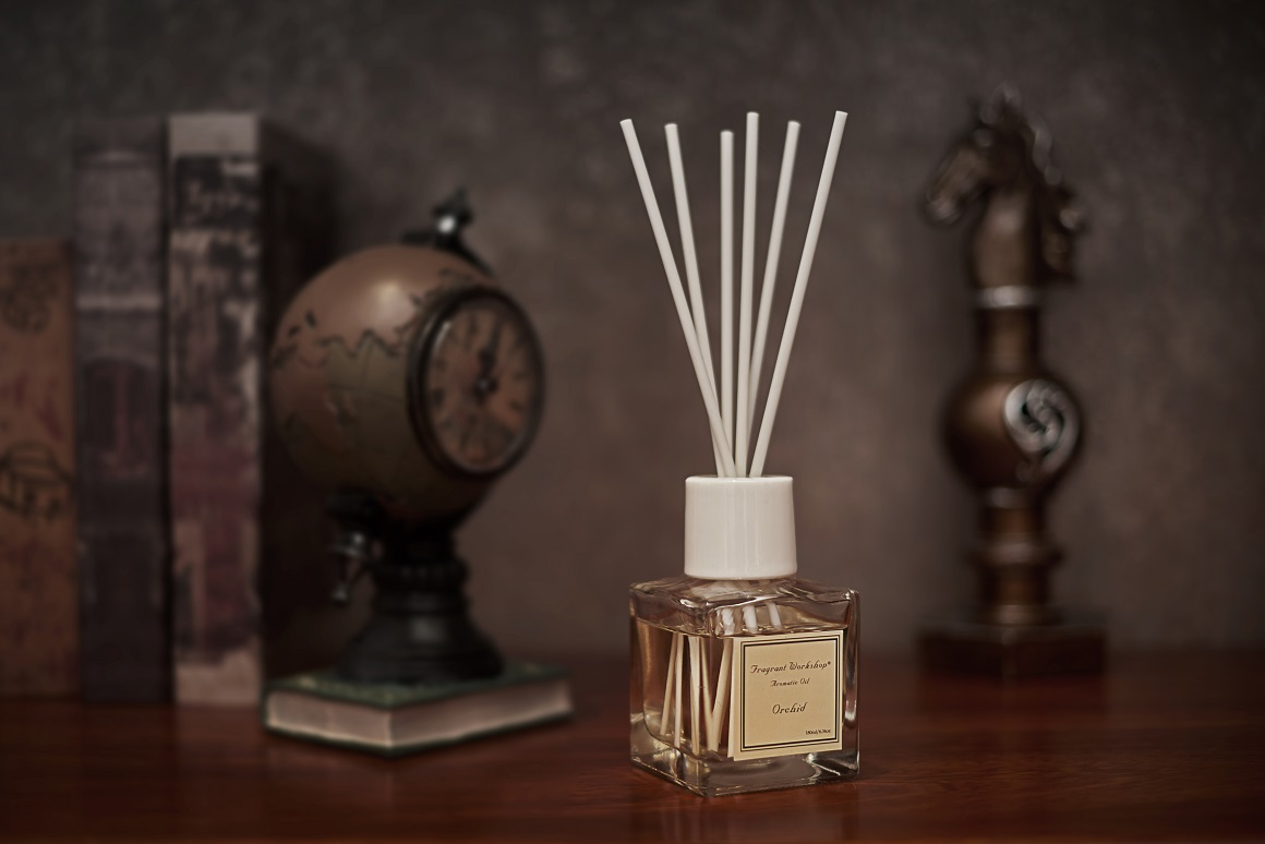 180ml Glass Bottle Fragrance Reed Diffuser Gift Set with rattan sticks