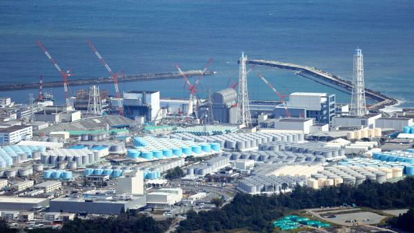 当地时间2020年10月16日,日本福岛大隈,福岛第一核电站的污水储水罐。 人民视觉 资料图