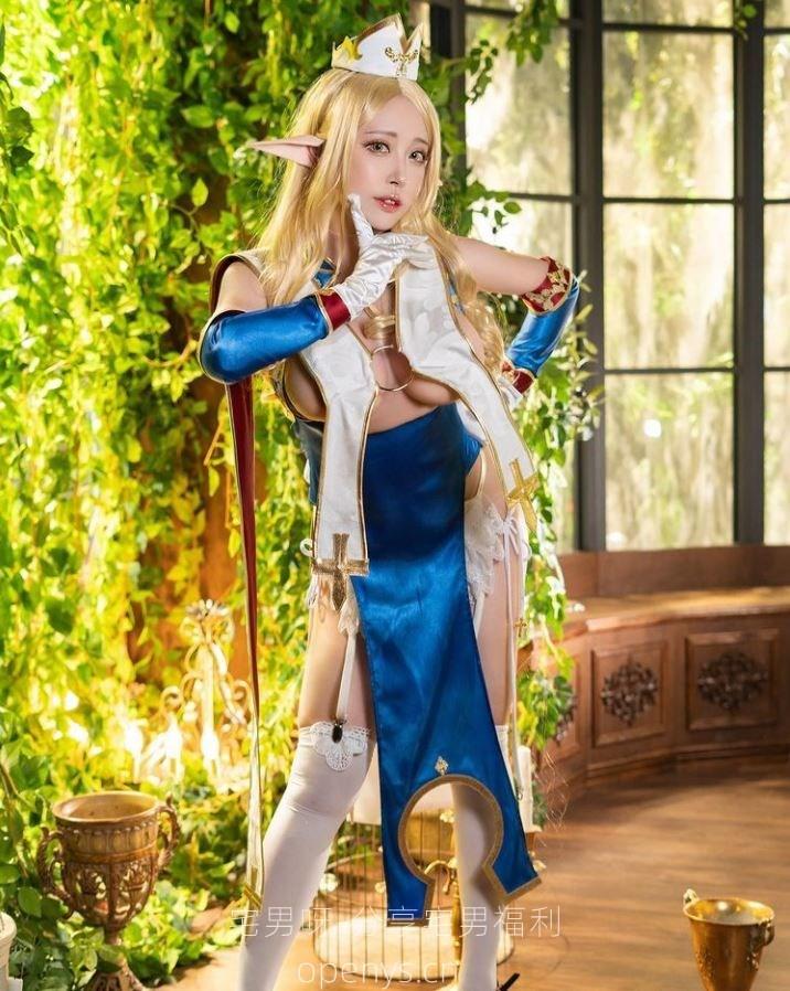 爱cosplay的妹子@苔苔,很像动漫里的人物! -宅男呀